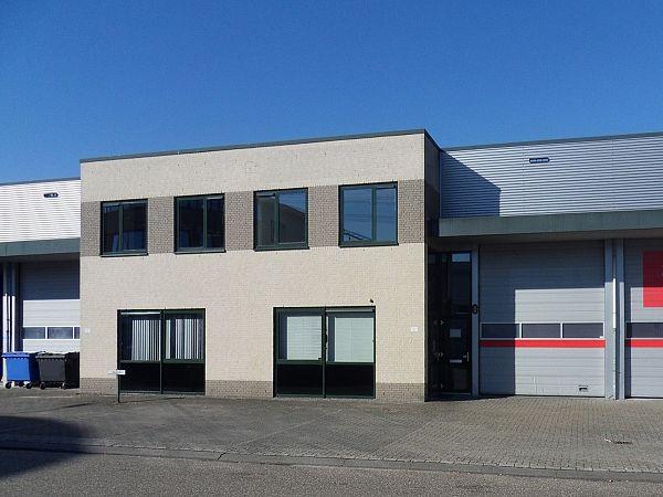 Kantoor bij opslagruimte in Capelle aan de IJssel