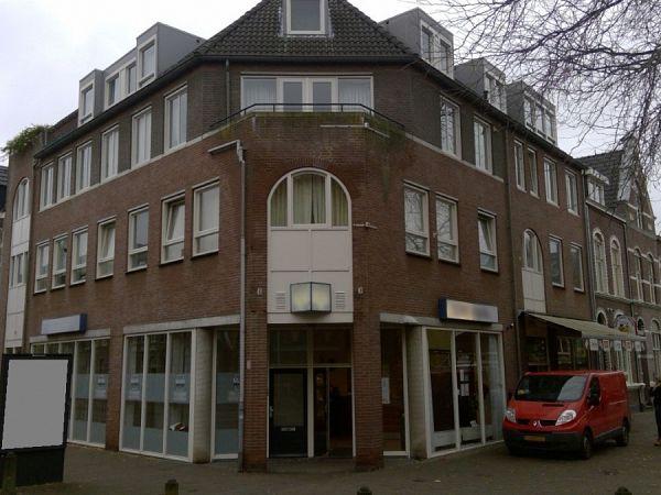Winkel met kantoor in Venlo
